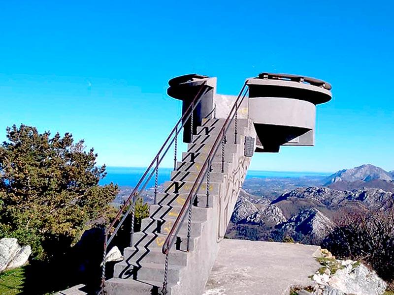 El mirador del Fito, con espectaculares vistas a los Picos de Europa y el Mar Cantábrico