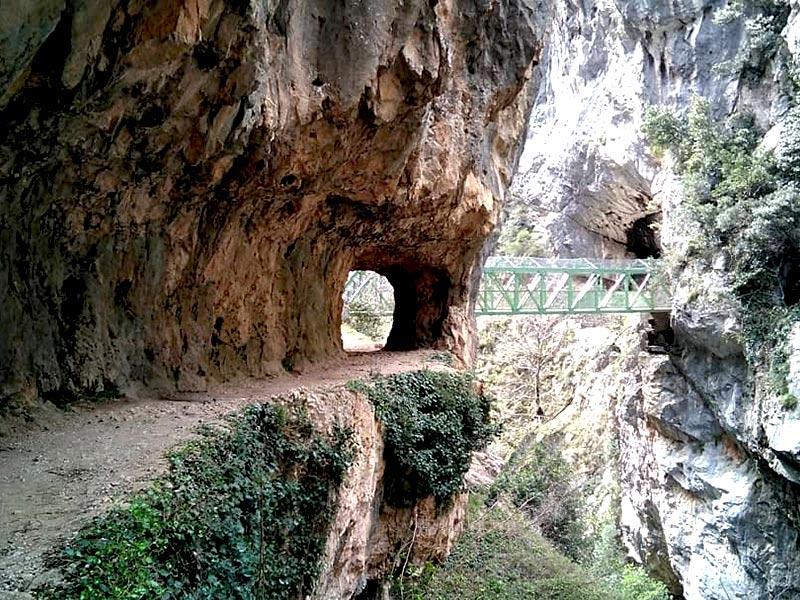 Uno de los puentes que nos encontraremos en la Garganta Divina del Cares